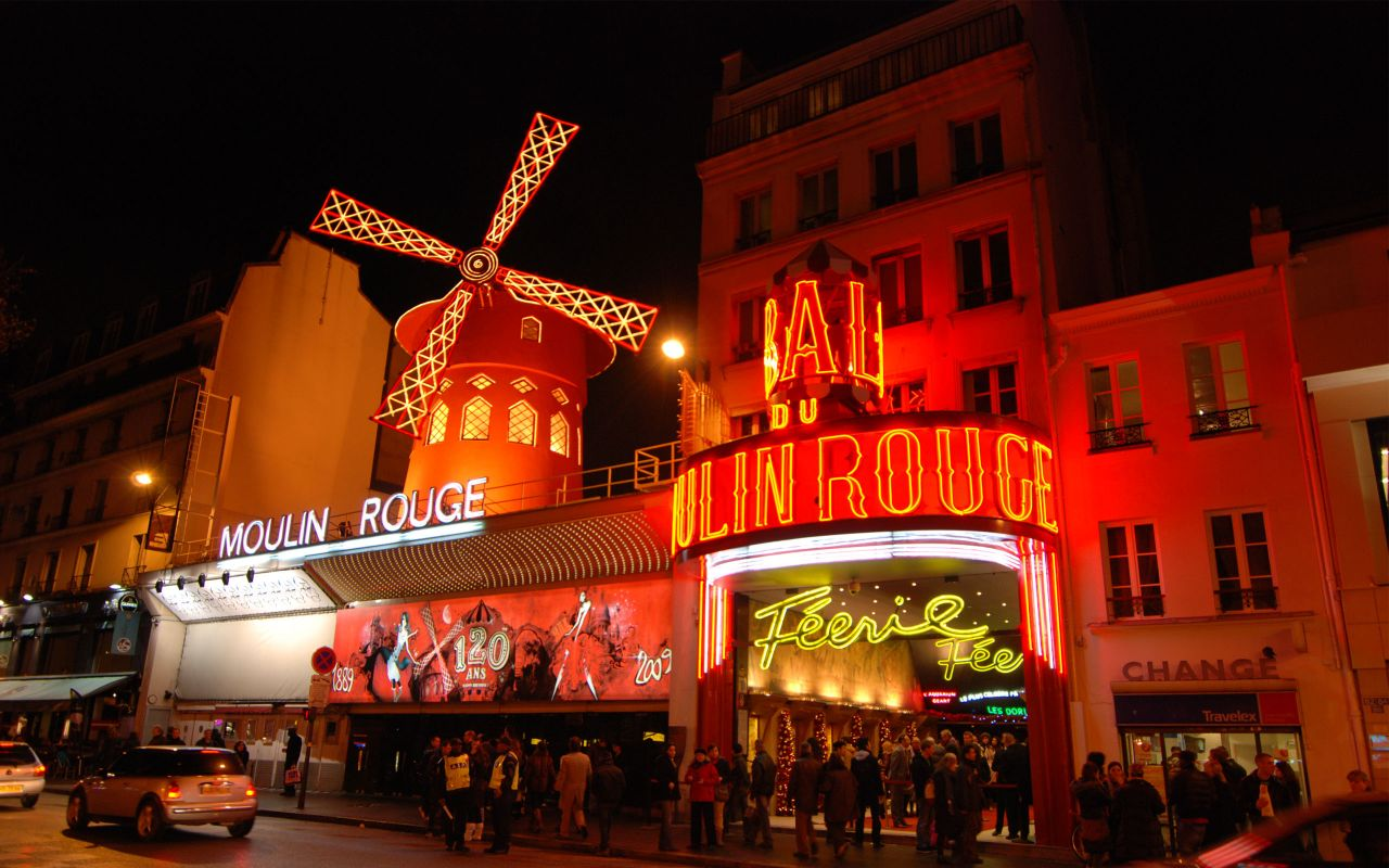 Nightlife paris